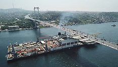 World's Biggest Construction Vessel Goes Through Bosphorus - 2 May 2018