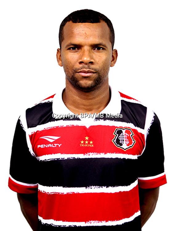 Brazilian Football League Serie A / <br /> ( Santa Cruz Futebol Clube ) - <br /> Cicero Vitor dos Santos Junior &quot; Vitor &quot;