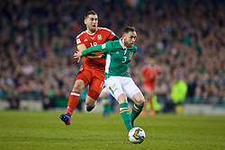 DUBLIN, REPUBLIC OF IRELAND - Friday, March 24, 2017: Wales' Sam Vokes in action against Republic of Ireland's Richard Keogh during the 2018 FIFA World Cup Qualifying Group D match at the Aviva Stadium. (Pic by David Rawcliffe/Propaganda)