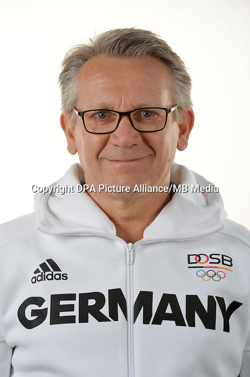 Jens Bartels poses at a photocall during the preparations for the Olympic Games in Rio at the Emmich Cambrai Barracks in Hanover, Germany. July 07, 2016. Photo credit: Frank May/ picture alliance. | usage worldwide