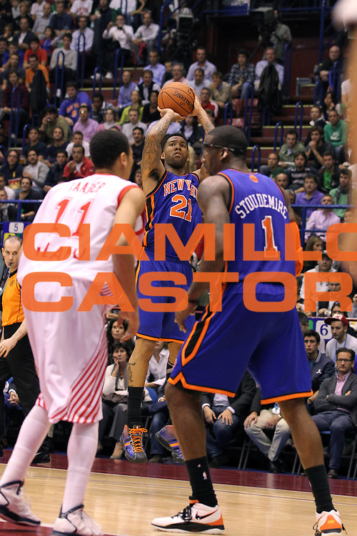 DESCRIZIONE : Milano NBA EUROPE LIVE TOUR 2010 Armani Jeans Milano New York Knicks<br /> GIOCATORE : Wilson Chandler<br /> SQUADRA : New York Knicks<br /> EVENTO : NBA EUROPE LIVE TOUR 2010<br /> GARA : NBA EUROPE LIVE TOUR 2010 Armani Jeans Milano New York Knicks<br /> DATA : 03/10/2010<br /> CATEGORIA : Tiro<br /> SPORT : Pallacanestro<br /> AUTORE : Agenzia Ciamillo-Castoria/G.Cottini<br /> Galleria : NBA EUROPE LIVE TOUR 2010<br /> Fotonotizia : Milano NBA EUROPE LIVE TOUR 2010 Armani Jeans Milano New York Knicks<br /> Predefinita :