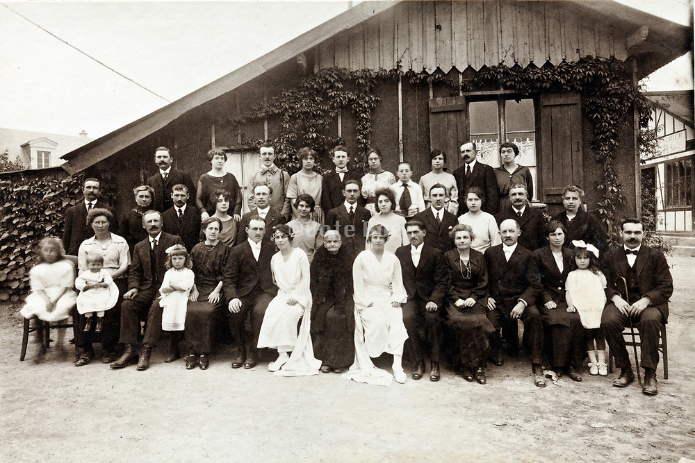 double wedding family group portrait 1930s France