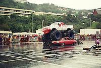 Stunt- og monster truck show i 1998 i &Aring;lesund.<br /> Foto: Svein Ove Ekornesv&aring;g