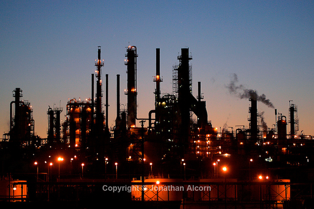 Mar 20, 2008- Wilmington, CA, USA The Conoco Phillips oil refinery in Wilmington just off the 110 freeway Mandatory Credit: Photo by Jonathan Alcorn/ZUMA Press. © Copyright 2008 by Jonathan Alcorn