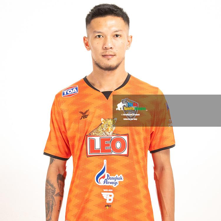 THAILAND - JUNE 04: Kitsana Kasemkulwirai #17 of Singha Chiangrai United on June 04, 2019.<br /> .<br /> .<br /> .<br /> (Photo by: Naratip Golf Srisupab/SEALs Sports Images/MB Media Solutions)