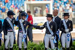 Wert Isabell, GER, Graves Laura, USA<br /> World Equestrian Games - Tryon 2018<br /> © Hippo Foto - Stefan Lafrentz<br /> 13/09/2018
