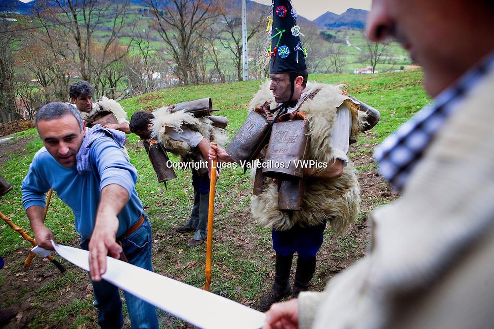 `La Vijanera´carnival,Zamarracos, preparing the carnival, Silio, Molledo. Cantabria, Spain.