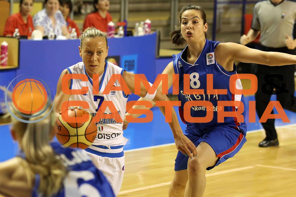 DESCRIZIONE : Taranto Torneo di qualificazione Campionati Europei donne Polonia 2011<br /> GIOCATORE : Francesca Zara<br /> SQUADRA : Italia Nazionale Femminile<br /> EVENTO : Torneo di qualificazione Campionato Europeo Donne Polonia 2011 Eurobasket Women Additional Qualifying Tournament<br /> GARA : Italia Serbia<br /> DATA : 04/06/2011<br /> CATEGORIA : palleggio<br /> SPORT : Pallacanestro<br /> AUTORE : Agenzia Ciamillo-Castoria/ElioCastoria<br /> Galleria : FIP Nazionali 2011<br /> Fotonotizia :  Taranto Torneo di qualificazione Campionati Europei donne Polonia 2011<br /> Predefinita :