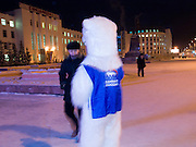 "Studenten als Wahlhelfer der Partei ""Einiges Russland"" verkleidet als Eisbaeren machen bei Temperaturen von -27 Grad Celsius Werbung fuer die Partei in den Strassen und Geschaeften der sibirischen Stadt Jakutsk.<br /> <br /> Students dressed as a polar bears for Vladimir Putins party United Russia trying to convince people on the street to vote them a few days before the Duma elections in Russia oj the streets of Yakustk. Yakutsk is a city in the Russian Far East, located about 4 degrees (450 km) below the Arctic Circle. It is the capital of the Sakha (Yakutia) Republic (formerly the Yakut Autonomous Soviet Socialist Republic), Russia and a major port on the Lena River. Yakutsk is one of the coldest cities on earth, with winter temperatures averaging -40.9 degrees Celsius."