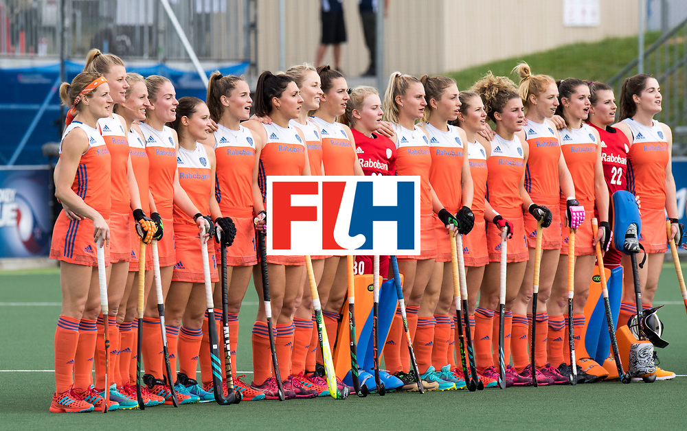 AUCKLAND - Sentinel Hockey World League final women<br /> Match id: 10299<br /> 09 NED v KOR (Pool A)<br /> Foto:  Line up Nederland.<br /> WORLDSPORTPICS COPYRIGHT FRANK UIJLENBROEK