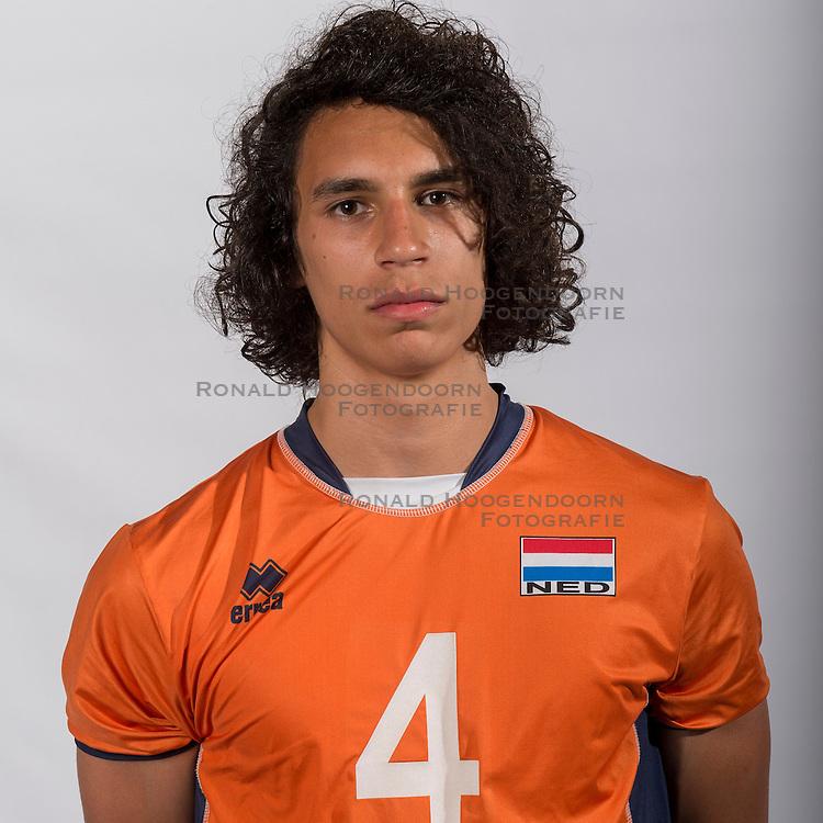 07-06-2016 NED: Jeugd Oranje jongens <1999, Arnhem<br /> Photoshoot met de jongens uit jeugd Oranje die na 1 januari 1999 geboren zijn / Cas Abraham PL