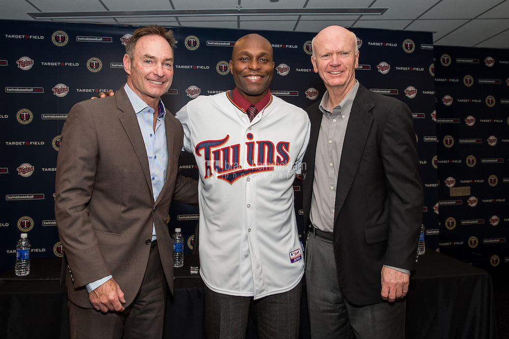 MINNEAPOLIS, MN- DECEMBER 03: Minnesota Twins general manager Terry Ryan and manager Paul Molitor #4 present Torii Hunter #48 to the media  on December 3, 2014 at Target Field in Minneapolis, Minnesota. (Photo by Brace Hemmelgarn) *** Local Caption *** Terry Ryan;Torii Hunter;Torii Hunter