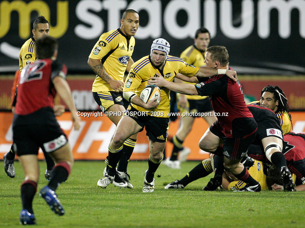 Hurricanes Scott Waldrom looks to pass. Crusaders v Hurricanes. Super 14 Semi-Final rugby. AMI Stadium, Christchurch, New Zealand. Saturday 24 May 2008. Photo: Tim Hales/PHOTOSPORT