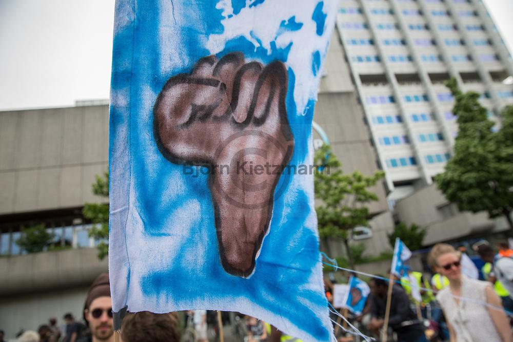 Berlin, Germany - 09.06.2017<br /> <br /> &rdquo;Visitez les profiteurs&quot; bike rally against the upcoming G20-Africa conference.<br /> <br /> &rdquo;Visitez les profiteurs&rdquo; Fahrrad Demonstration gegen die bevorstehende G20-Afrika Konferenz.<br /> <br /> Photo: Bjoern Kietzmann