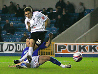 Photo: Tom Dulat/Sportsbeat Images.<br /> <br /> Millwall v Swansea City. Coca Cola League 1. 06/11/2007.<br /> <br /> Swansea City's Paul Anderson scores equalizer. 2-2