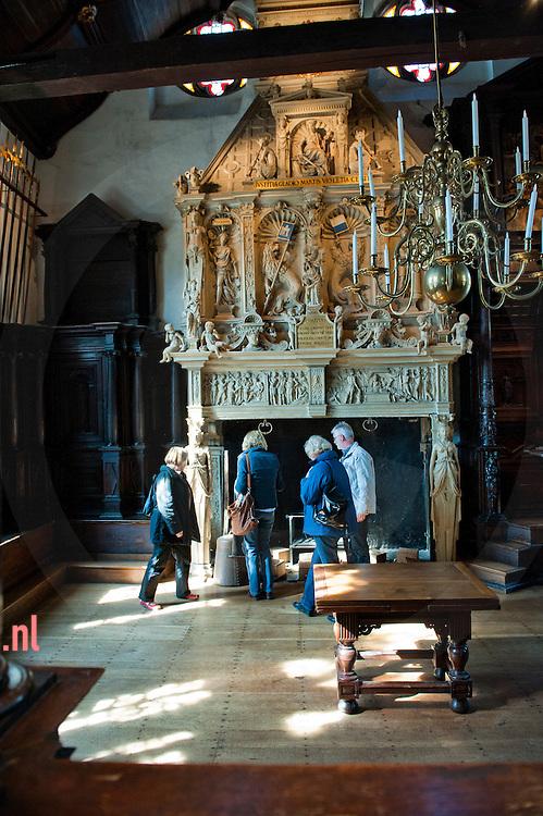Nederland, kampen d.d. 29mrt2011 stedelijk museum Kampen bij artikel Frans van Ginkel over vrijwilligers foto: Cees Elzenga/hetoog.nl