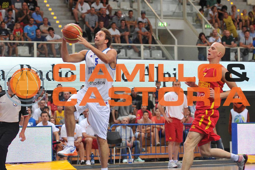 DESCRIZIONE : Trento Primo Trentino Basket Cup Italia Montenegro<br /> GIOCATORE : daniele cavaliero<br /> CATEGORIA : tiro<br /> SQUADRA : Nazionale Italia Maschile<br /> EVENTO :  Trento Primo Trentino Basket Cup<br /> GARA :Italia Montenegro<br /> DATA : 27/07/2012<br /> SPORT : Pallacanestro<br /> AUTORE : Agenzia Ciamillo-Castoria/M.Gregolin<br /> Galleria : FIP Nazionali 2012<br /> Fotonotizia : Trento Primo Trentino Basket Cup Italia Montenegro<br /> Predefinita :