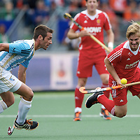 DEN HAAG - Rabobank Hockey World Cup<br /> 37 Argentina - England<br /> Foto: Ashley Jackson (red).<br /> COPYRIGHT FRANK UIJLENBROEK FFU PRESS AGENCY