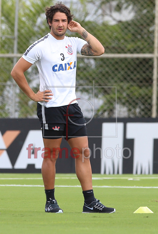 O jogador Alexandre Pato ex-São Paulo FC Participou do primeiro treino com a equipe do Corinthinas na tarde desta quarta-feira (06) no CT Joaquim Grava na zona leste da Capital Paulista - Foto Marcelo D, Sants/FramePhoto.
