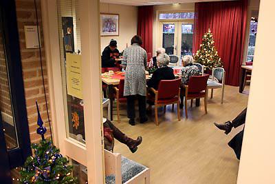 NLD/Huizen/20081215 - Opening huiskamer project in bejaardentehuis de Marke Huizen