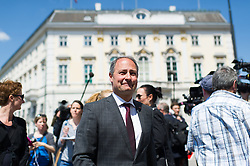 09.05.2016, Bundeskanzleramt, Wien, AUT, Rücktritt des Bundeskanzlers nach dem Treffen mit den SPÖ Länderchefs, im Bild Klubobmann SPÖ Andreas Schieder // Leader of the Parliamentary Group SPOe Andreas Schieder after press conference regarding to resignation of the austrian fedeal chancellor Faymann at federal chancellors office in Vienna, Austria on 2016/05/09, EXPA Pictures © 2016, PhotoCredit: EXPA/ Michael Gruber