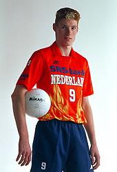 21-05-1997 VOLLEYBAL: TEAMPRESENTATIE MANNEN: WOERDEN<br /> Bas van de Goor<br /> ©2007-WWW.FOTOHOOGENDOORN.NL