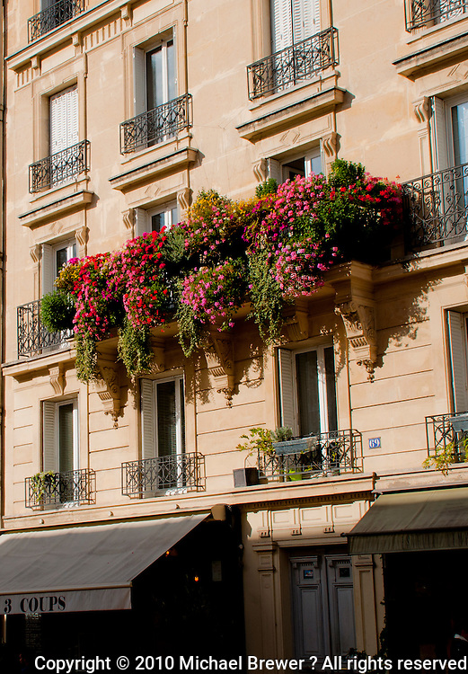Outside view of a Parisian apartment building