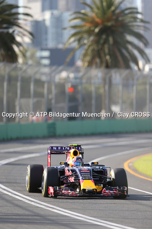 Daniil KWJAT, (KVYAT), RUS, RedBull Racing, <br /> Red Bull RB11, Renault Energy F1 2015,<br /> AUSTRALIAN Formula One Grand Prix 2015, Albert Park  - <br /> Formel 1 Rennen in Australien, Motorsport, F1 GP, 13.03. Honorarpflichtiges Foto, Fee liable image, <br /> Copyright &copy; ATP Clay CROSS