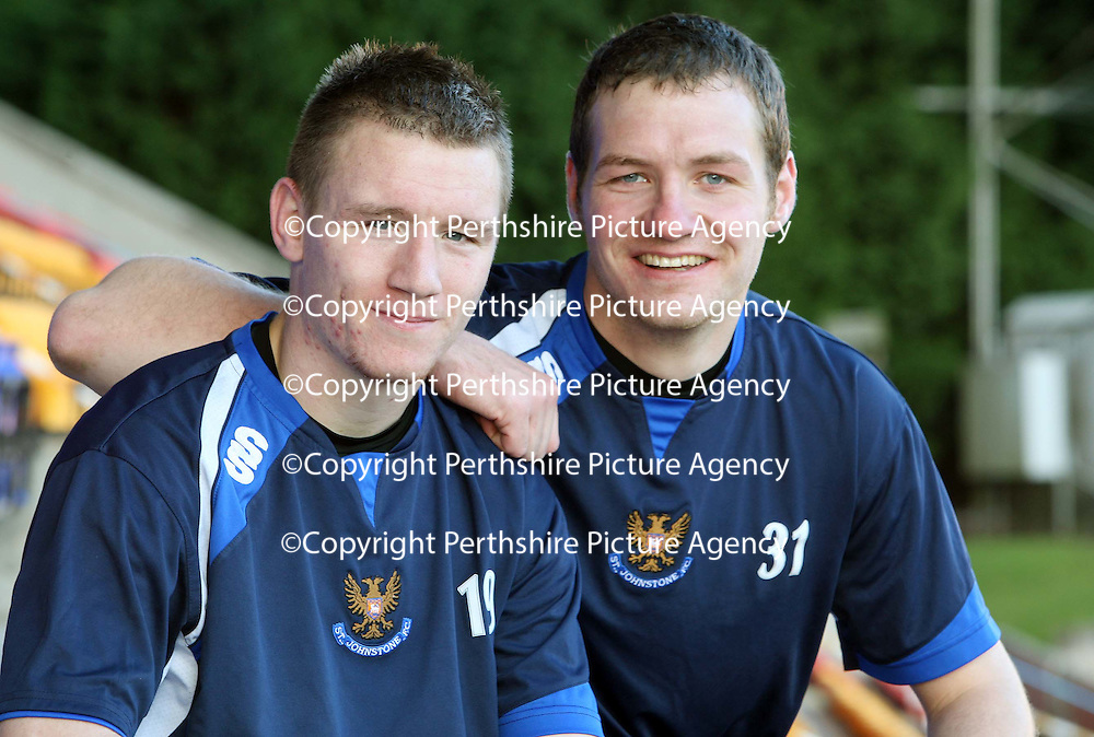 St Johnstone training...23.11.07<br /> Strike duo Andy jackson and Kenny Deuchar will be hoping they can carry their good goal scoring form into Sunday's Challenge Cup Final against Dunfermline.<br /> Picture by Graeme Hart.<br /> Copyright Perthshire Picture Agency<br /> Tel: 01738 623350  Mobile: 07990 594431