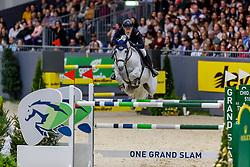 KÜHNER Max (AUT), Chardonnay 79<br /> Genf - CHI Geneve Rolex Grand Slam 2019<br /> Rolex Grand Prix<br /> Internationale Springprüfung mit Stechen<br /> International Jumping Competition 1m60<br /> Grand Prix Against the Clock with Jump-Off<br /> 15. Dezember 2019<br /> © www.sportfotos-lafrentz.de/Stefan Lafrentz