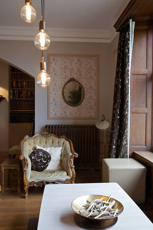 The Snug, Pickwell Manor, Georgeham, North Devon, UK. <br /> CREDIT: Vanessa Berberian for The Wall Street Journal<br /> HOUSESHARE