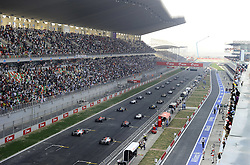 30.10.2011, Jaypee-Circuit, Noida, IND, F1, Grosser Preis von Indien, Noida, im Bild F1 Race Start // during the Formula One Championships 2011 Large price of India held at the Jaypee-Circui 2011-10-30  Foto © nph / Dieter Mathis