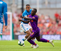DUBLIN, REPUBLIC OF IRELAND - Saturday, August 4, 2018: Napoli's Allan Marques Loureiro (left) and Liverpool's Naby Keita (right) during the preseason friendly match between SSC Napoli and Liverpool FC at Landsdowne Road. (Pic by David Rawcliffe/Propaganda)