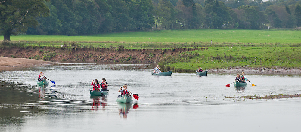 Duke of Edinburgh canoe Expedition on the River Endrick and Loch Lomond