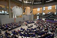 15 OCT 2008, BERLIN/GERMANY:<br /> Uebersicht Plenarsaal waehrend der Regierungserklaerung von Angela Merkel, CDU, Bundeskanzlerin zur Umsetzung eines Massnahmenpakets zur Stabilisierung des Finanzmarktes, Finanzmarktstabilisierungsgesetz, Plenum, Deutscher Bundestag<br /> IMAGE: 20081015-01-010<br /> KEYWORDS: Finankrise, Bankenkrise, Übersicht