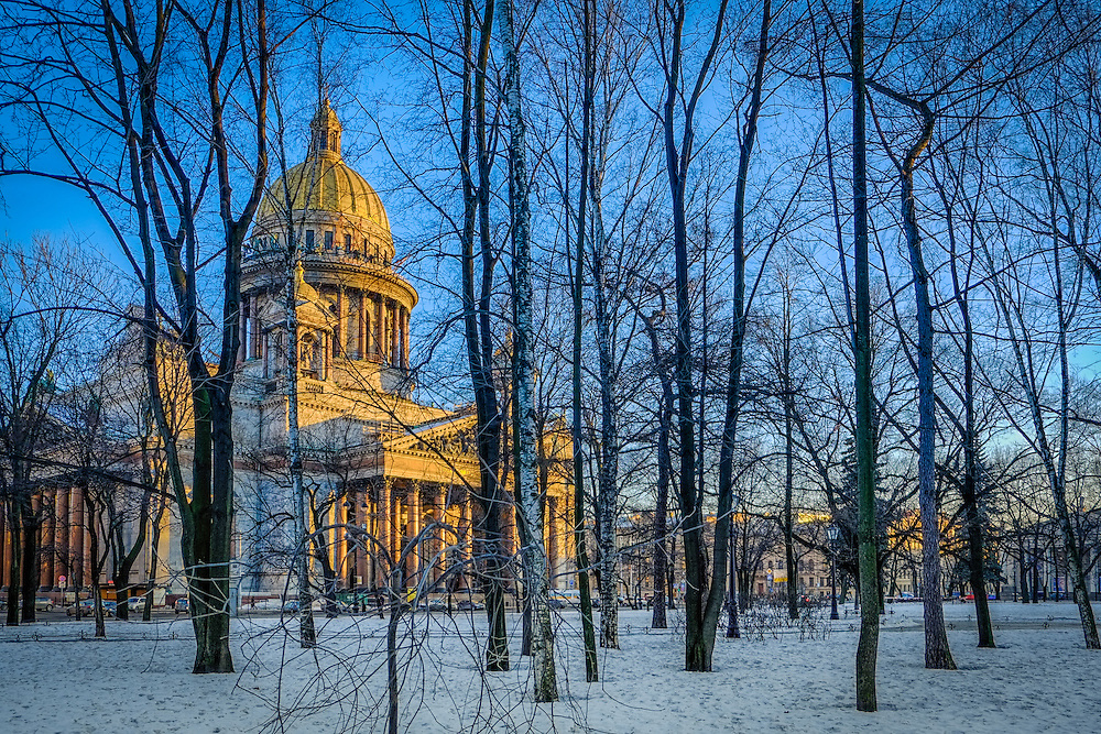 Saint Isaac's Cathedral in  Saint Petersburg, Russia