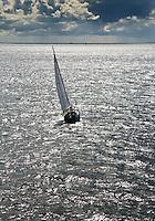 VLIELAND -Zeilen met een zeilschip op de Waddenzee. ANP COPYRIGHT KOEN SUYK