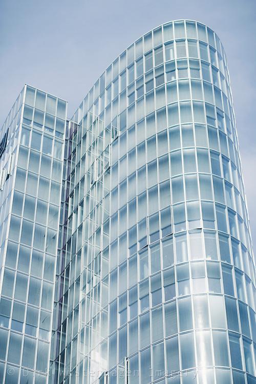 Modernes Bürogebäude Düsseldorf, Deutschland