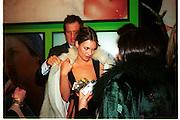 Mario Testino and Kate Moss. Mario Testino portraits. National Portrait Gallery. 29/1/02 © Copyright Photograph by Dafydd Jones 66 Stockwell Park Rd. London SW9 0DA Tel 020 7733 0108 www.dafjones.com