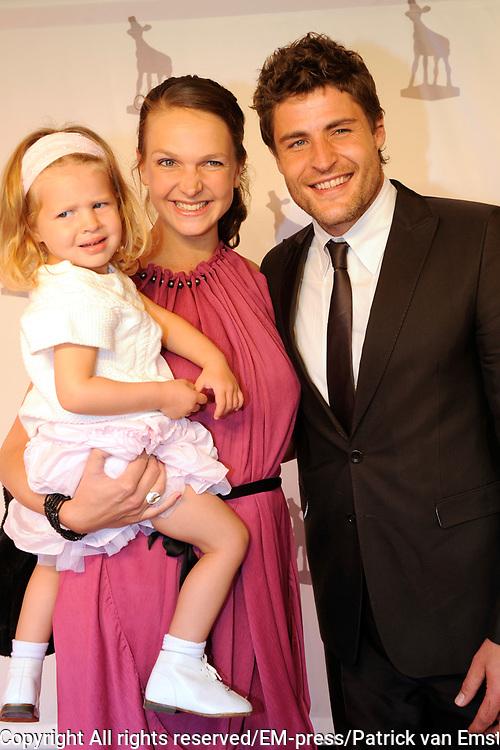NFF 2011 - Premiere Bennie Stout op het Nederlands Filmfestival van Utrecht. <br /> <br /> Op de foto: <br /> <br />  koertjan de bruijn met zijn vriendin Charlotte en dochter Keetje