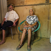 Augusto y Edita Blanco, son de hermanos que viven en El Paredon, Turgua. El tiene diabetes y ella es sorda, y los dos viven solos en este sector. Sus condiciones son precarias y lamentables. Augusto and Edita Blanco, are brothers who live in El Paredon, Turgua. He has diabetes and she is deaf, and they both live alone in this sector. Their conditions are precarious and regrettable.