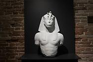 "Venezia - Punta della Dogana . La mostra di Damien Hirst: ""Tresaures from the Wreck of Unbelievable. Unknow Pharaon"""