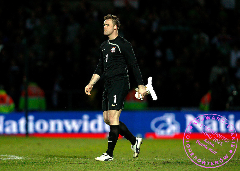 FIFA World Cup European Qualifying Group 3.Northern Ireland v Poland.Saturday 28 March 2009.A dejected Artur Boruc of Poland at full time ..Photo by : Piotr Hawalej / WROFOTO