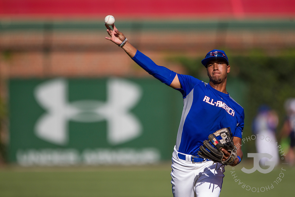 CHICAGO, IL - JULY 29:  Nander De Sedas, of Monteverde, FL, during pregame warmups for the Under Armour All-America Game at Wrigley Field on Saturday, July 29, 2017 in Chicago, Illinois. (Photo by J. Geil/MLB Photos via Getty Images) *** Local Caption ***