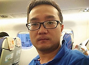 Doctor saves passenger's life on plane using just a spoon and a toothpick<br /> <br /> A Chinese doctor has been hailed as a hero after saving the life of a plane passenger who suffered epilepsy mid-flight using a spoon and a few toothpicks.<br /> <br /> Tian Yu, 38, was on flight CA1478 with Air China on September 23 when a fellow passenger was found unconscious and foaming at the mouth at the back of the plane, according to Shanghai Daily.<br /> <br /> Tian, with a background in traditional Chinese medicine, used toothpicks to stimulate the man's acupuncture points on the head, helping him to come around. <br /> ©Exclusivepix Media