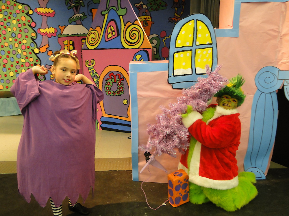"On December 20, students at Crespo Elementary enjoyed a full day of Polar Express instructional activities with their teachers. Students had fun learning the TEKS while relaxing in their comfy pajamas. Students were treated to a performance of ""How the Grinch Stole Christmas."" Students also composed letters that were collected and delivered to Macy's. For each letter received, Macy's donated $1 to the Make-A-Wish Foundation.<br />