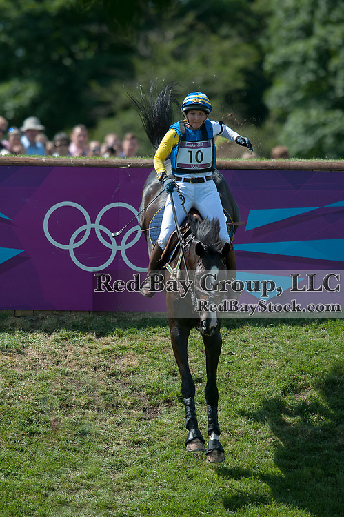 Linda Algotsson (SWE) & La Fair - Eventing Cross Country - London 2012 Olympic Games - Greenwich Park, London, United Kingdom -  30 July 2012