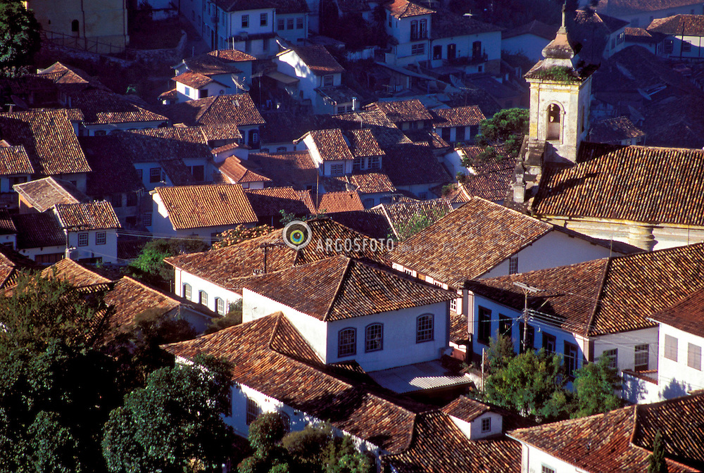 Ouro Preto, Minas Gerais, Brasil. 01/1996..Telhados da cidade historica, fundada em 1711 que foi considerada Patrimonio Historico e Cultural da Humanidade pela UNESCO./ Roofs of the historical city Ouro Preto, foundated in 1711, the city was considered by Unesco a Historical and Cultural HUmanity Patrimony..Foto © Marcos Issa/Argosfoto