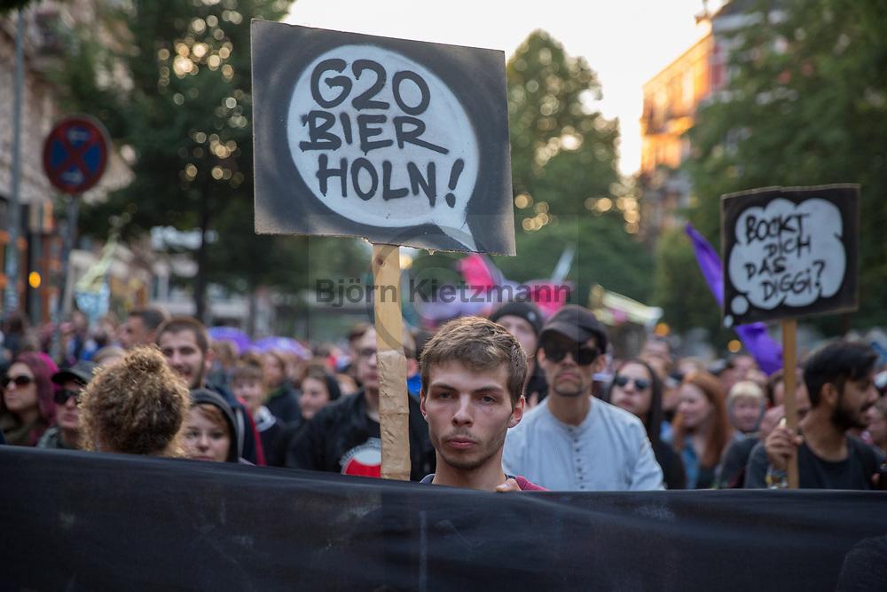 Hamburg, Germany - 05.07.2017<br /> <br /> Anti-G20 rave under the slogan &rdquo;Lieber tanz ich als G20&rdquo; (&quot;I prefer to dance instead of G20&rdquo;) goes through Hamburg. According to police, about 12,000 people are involved, according to the organizers more than 25,000 people participate.<br /> <br /> Anti-G20 Nachttanz-Demo unter dem Motto &rdquo;Lieber tanz ich als G20&rdquo; zieht durch Hamburg. Laut Polizei beteiligen sich etwa 12.000 Personen, laut den Veranstaltern nehmen mehr als 25.000 Menschen teil. <br /> <br /> Photo: Bjoern Kietzmann
