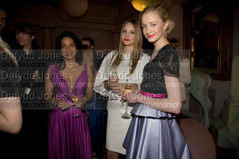 JASMINE ARORA; DONNA MCPHAIL; VERA G, Vogue Fantastic  Fashion Fantasy Party in association with  Van Cleef and Arpels and to celebrate Vogue's secret address book. 1 Marylebone Rd. London. 3 November 2008 *** Local Caption *** -DO NOT ARCHIVE -Copyright Photograph by Dafydd Jones. 248 Clapham Rd. London SW9 0PZ. Tel 0207 820 0771. www.dafjones.com